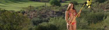 stunning bikini golf bunny on the green