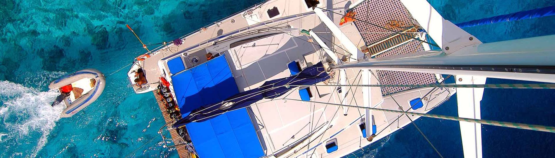 birds eye view of large boat in ocean