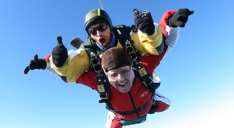 tandem skydiving in byron bay