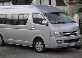bucks cairns airport transport mini bus