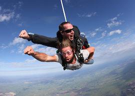 buck skydiving perth