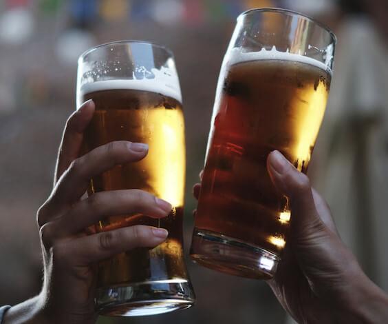 bucks cheering beer glasses