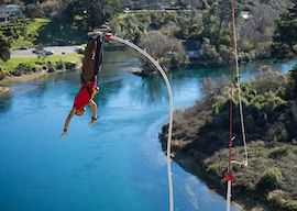 buck bungy jumping in taupo