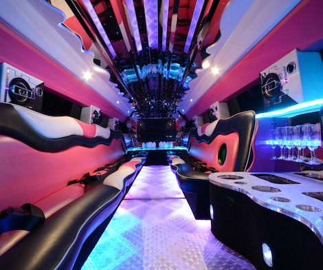 inside of bucks stretch hummer