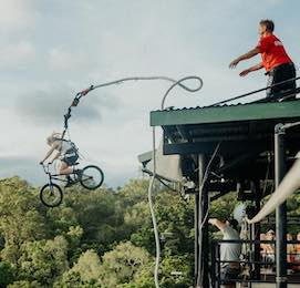 bungy jumping cairns