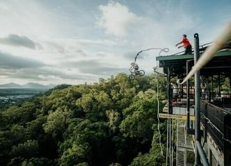 cairns bungy jumping wicked bucks