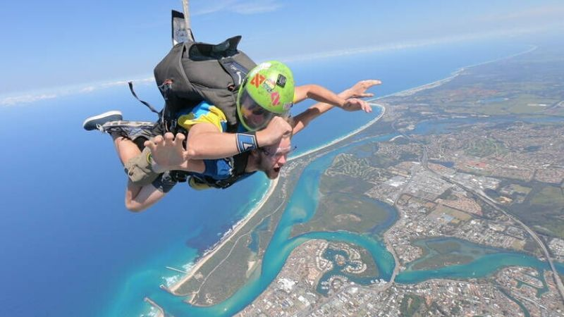 skydiving in gold coast wicked bucks