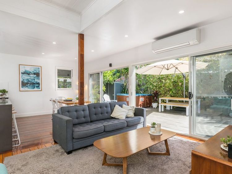 aaloka bay byron bay group accommodation