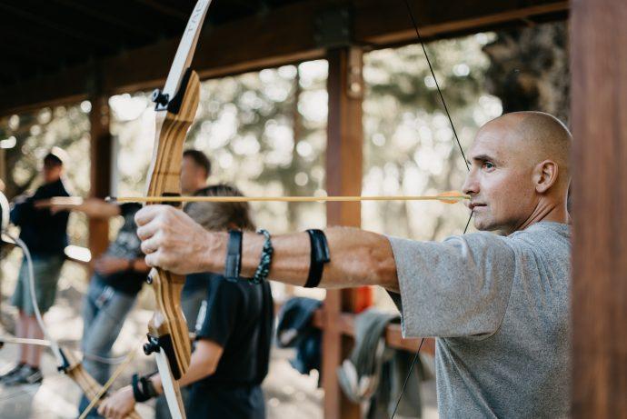 buck playing archery