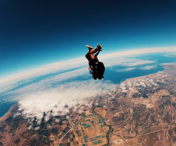 bucks party skydiving
