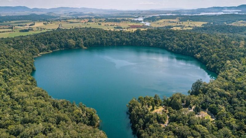 cairns crater lakes top attractions in cairns