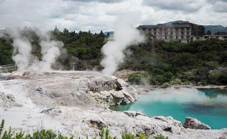 rotorua hot springs attractions