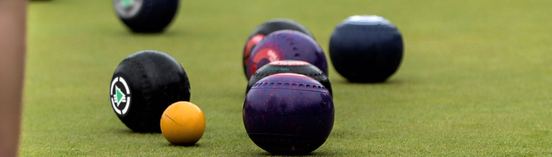 barefoot bowls in cairns