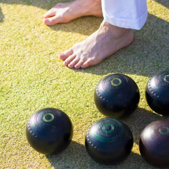 activities to do in bay of islands barefoot bowls
