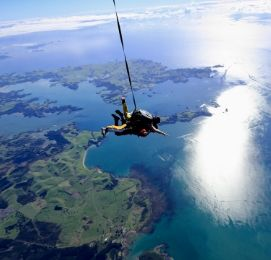 bay of islands bucks skydiving nz