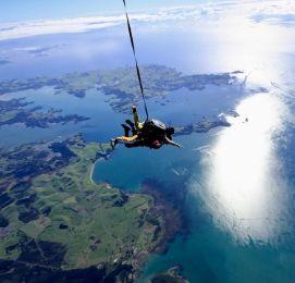 bay of islands bucks skydiving nz