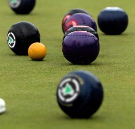 lawn bowls bucks activity wanaka