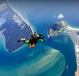skydive tauranga bucks