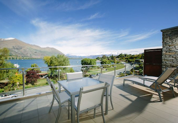 three bedroom apartments lake wanaka