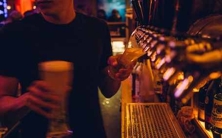 wicked bucks wanaka cork bar